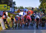 Con coma inducido, Jakobsen declarado ganador de la 1ª etapa del Tour de Polonia