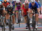 Arnaud Demare le arrebató el triunfo a Peter Sagan en la 4ª Etapa del Giro d'Italia