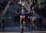 Arnaud Demare repite con la 6ª Etapa del Giro d'Italia y destrona en los puntos a Peter Sagan