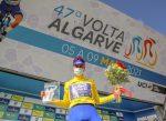 Joao Rodrigues campeón de la Vuelta al Algarve y Carlos Oyarzún en el 105 general