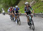 Simon Yates aprieta a Egan Bernal tras ganar la 19ª etapa del Giro d'Italia